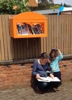 Boekenbox aan school De Stadsmus